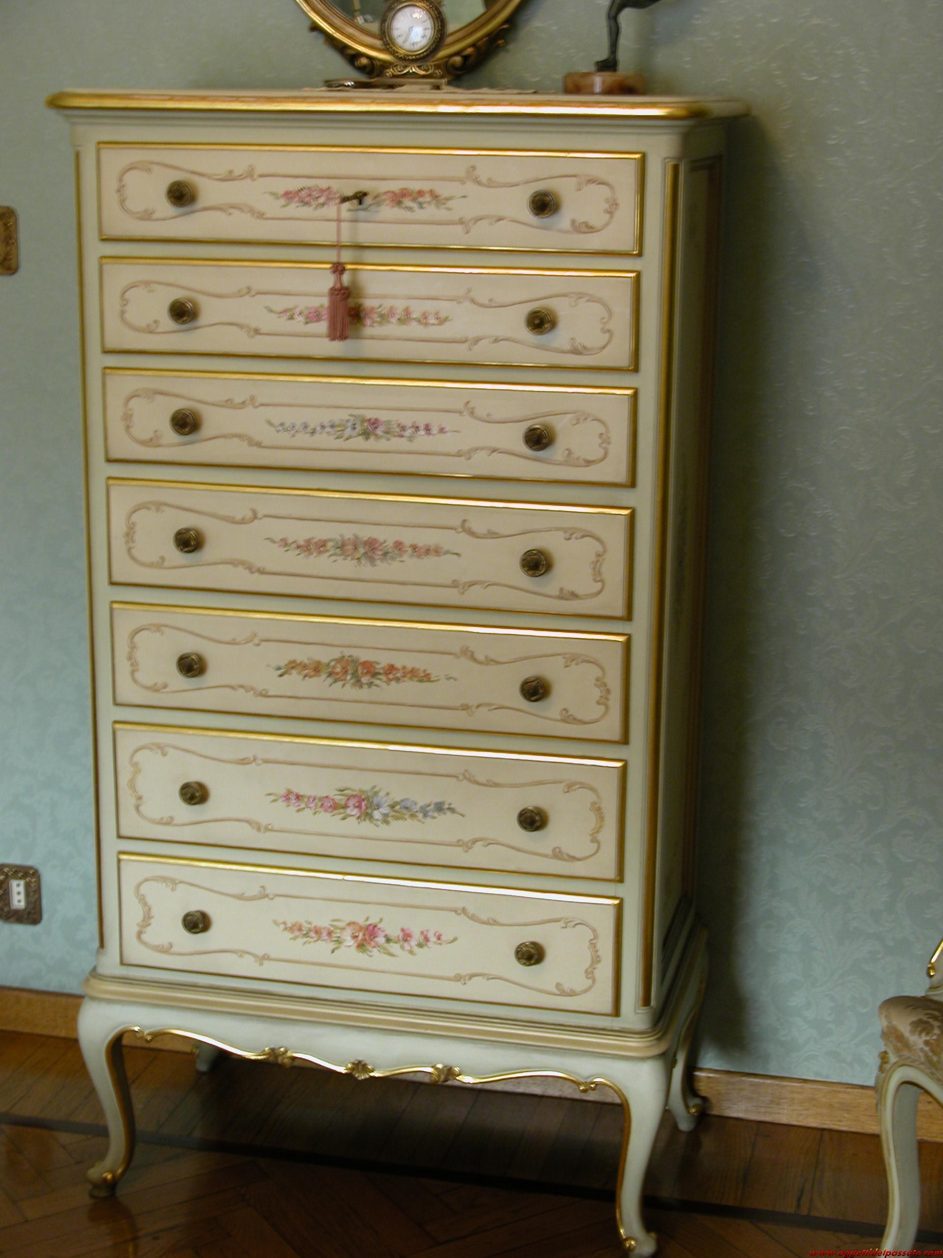 Stile barocco veneziano annunci antiquariato moernariato oggetti da collezione - Letto stile veneziano ...